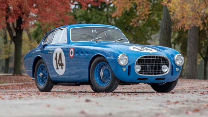 68-річний унікальний Ferrari, який був учасником гонки