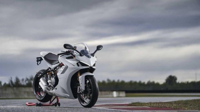 Ducati представив оновлений мотоцикл SuperSport 950