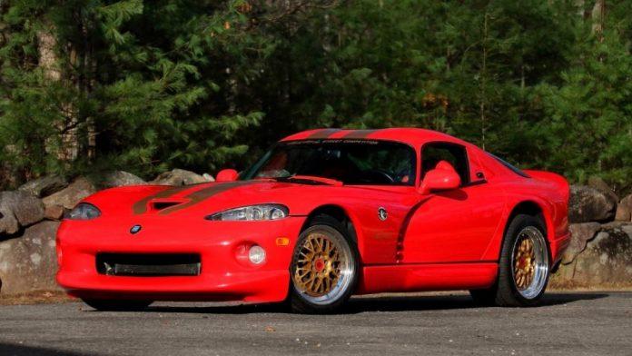 Dodge Viper GTS CS