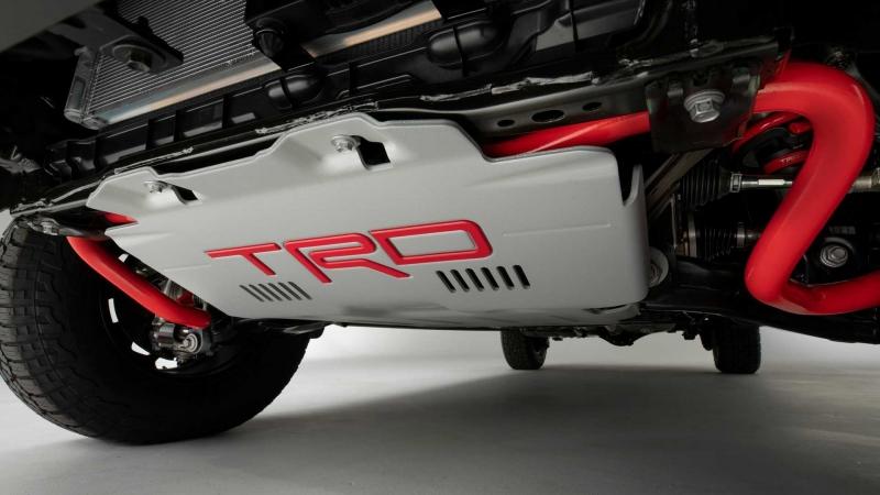 Toyota показала фінальний тизер нової Tundra. Фото